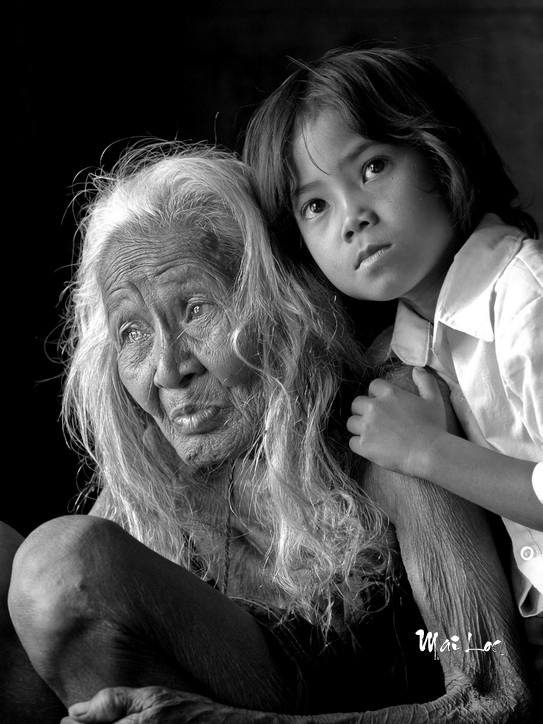 Two generations-Photo taken 03rd-April-2008-By Mai Loc