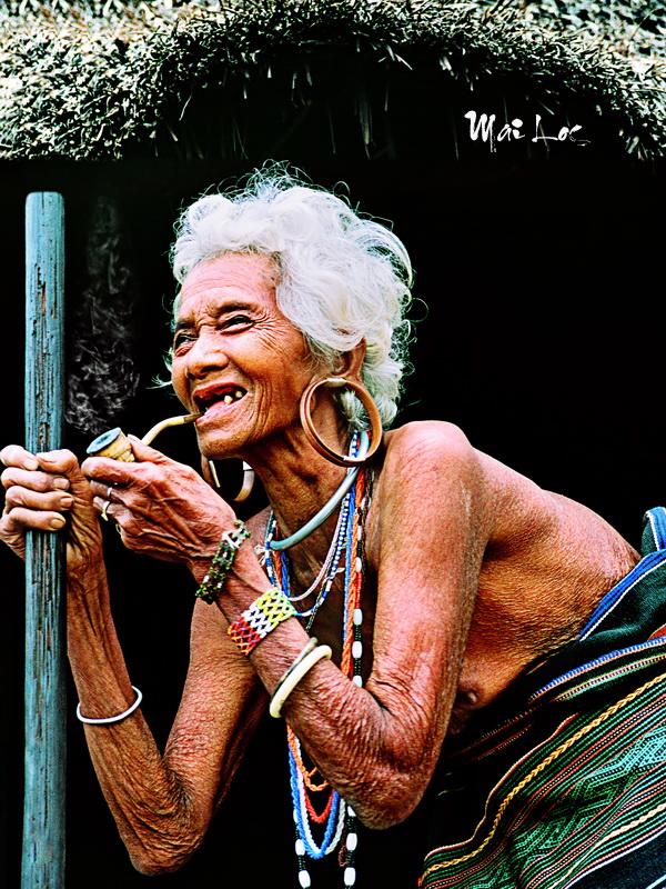 Chau Ma old lady in Bao Loc